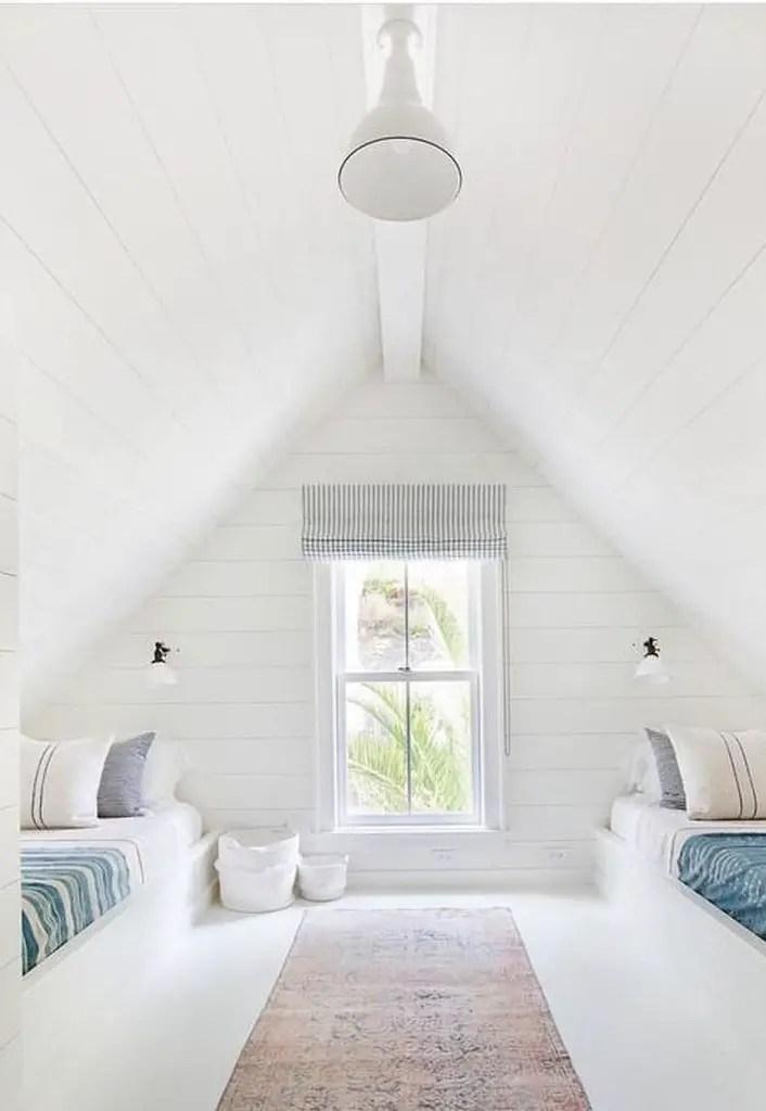 Twin bed loft bedroom