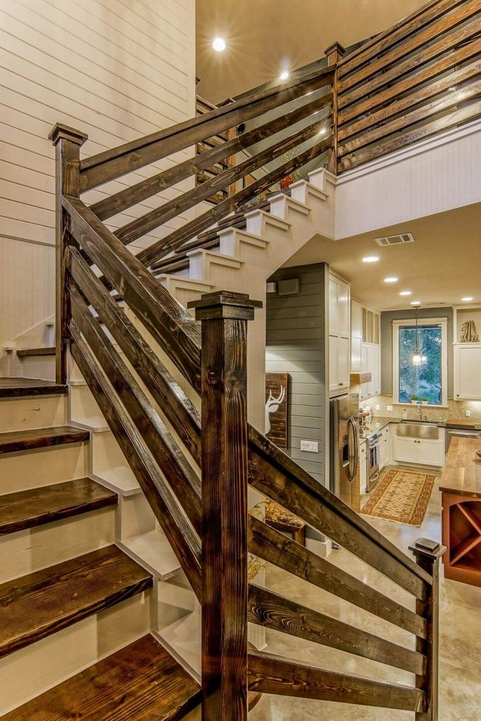 Wooden stairs to perfect your farmhouse home