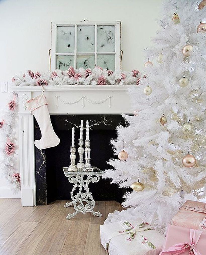 All-white-christmas-tree-with-pastel-metallic-ornaments-to-look-chic-and-refined