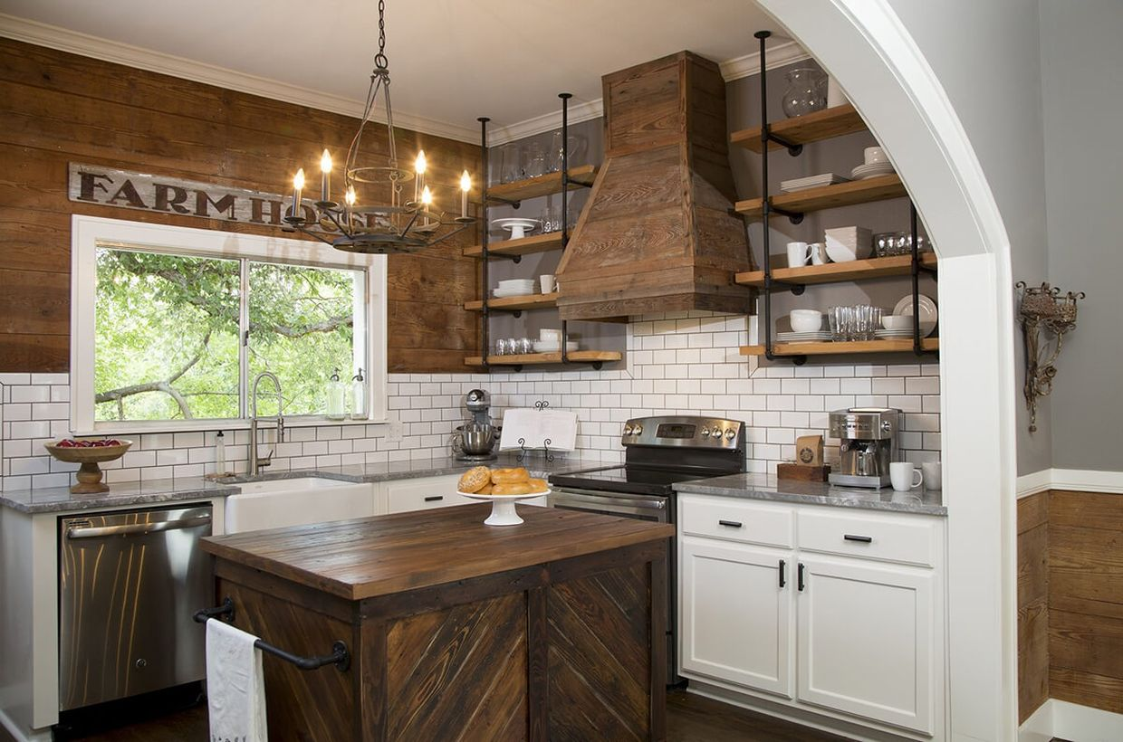 Grey-granite-countertop-and-wooden-kitchen-island