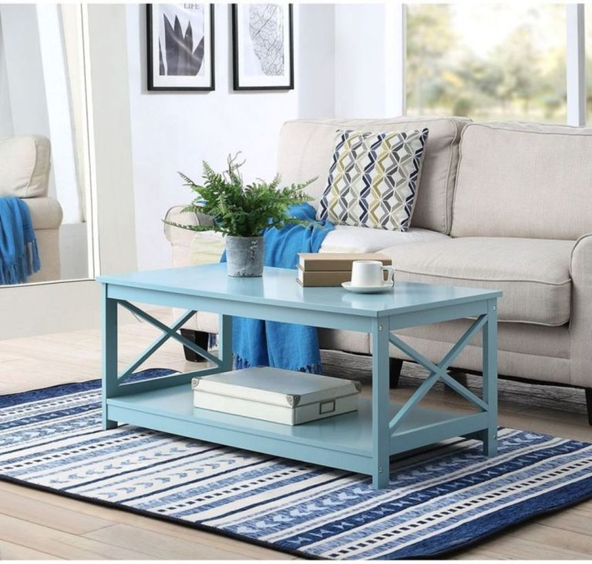 Simple-living-room-design-with-wooden-coffee-table-and-bohemian-rug-will-create-a-rustic-atmosphere-in-your-room