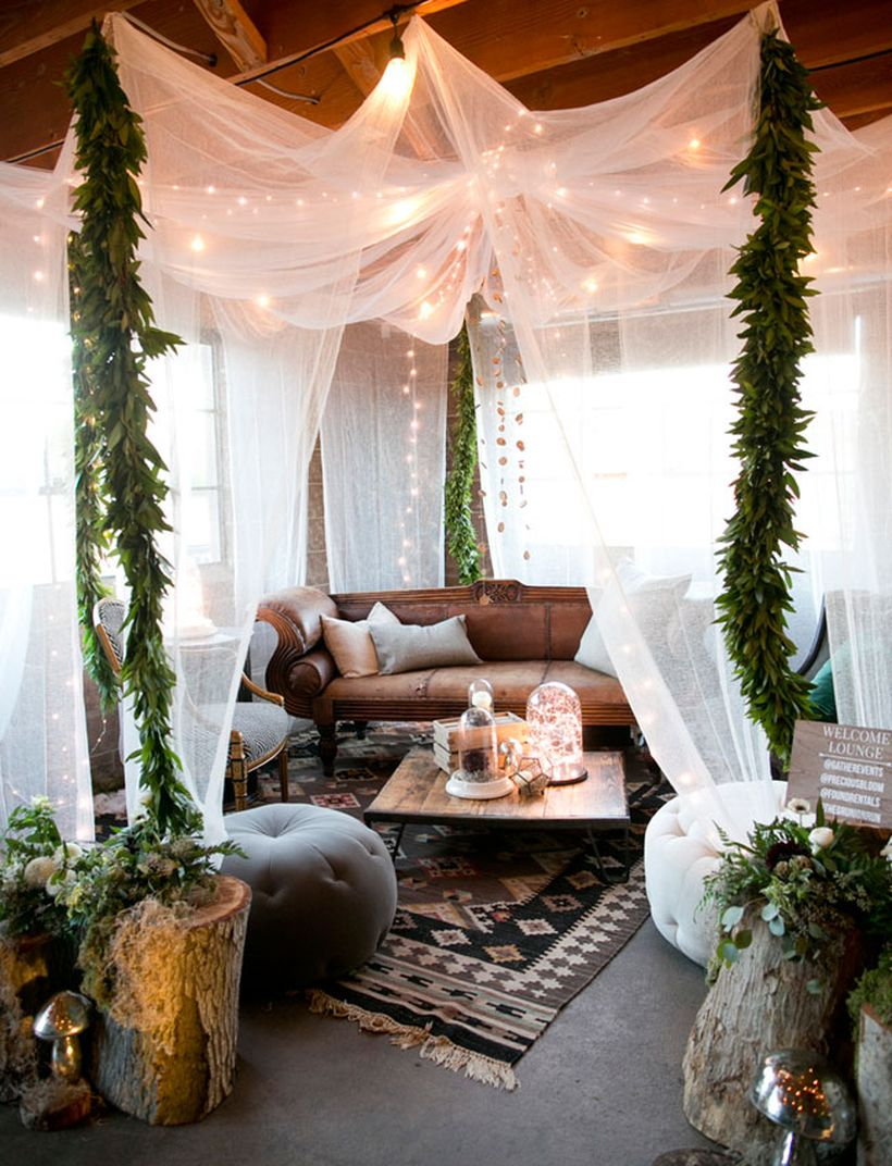 Stunning-bohemian-living-room-design-with-unique-pattern-rug-white-mosquito-nets-to-decorate-the-living-room-and-decorative-lighting-to-create-good-lighting