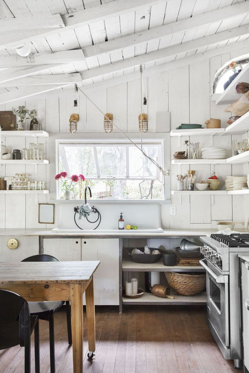 White-countertop-design-for-farmhouse-kitchen
