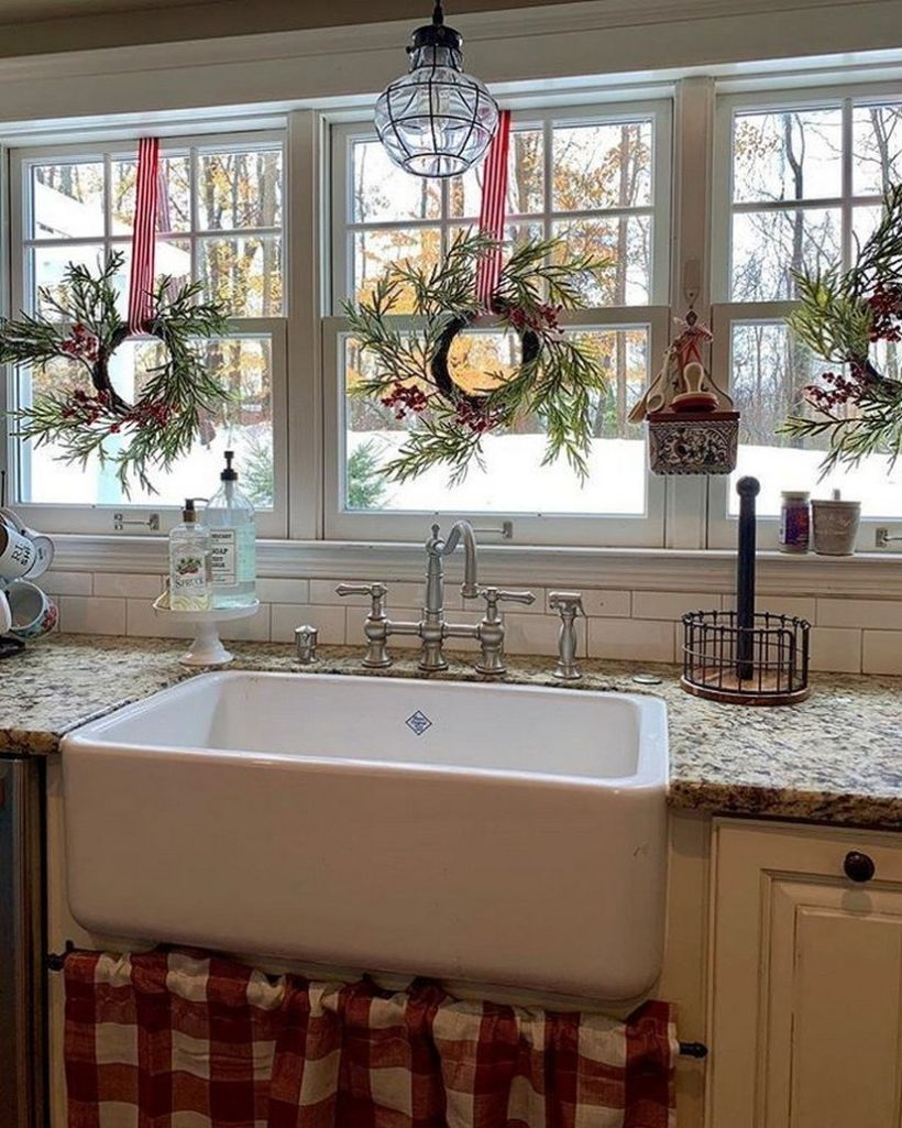 13-christmas-kitchen-holiday-decor-tips-and-ideas-11