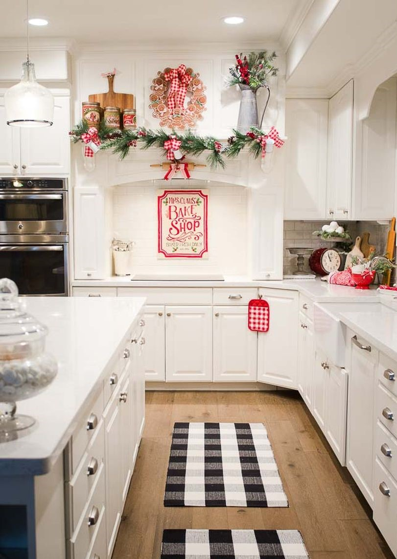Farmhouse-christmas-kitchen10-1
