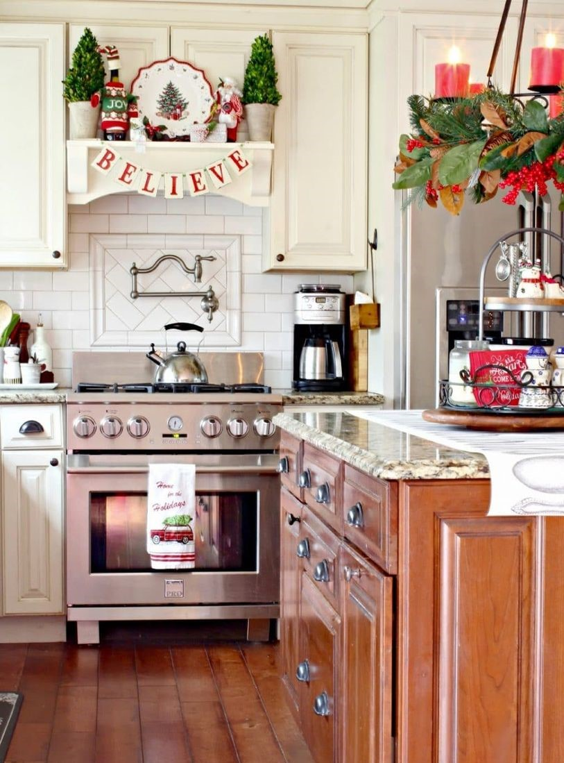 Farmhouse-christmas-kitchen6-1