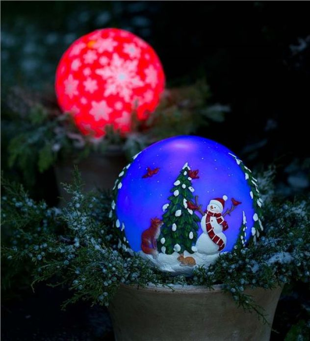 Glowing-resin-holiday-globes-for-front-yard
