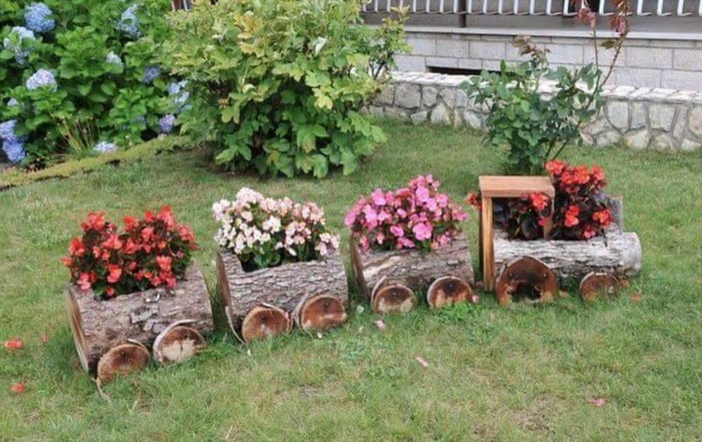 Log-train-planter