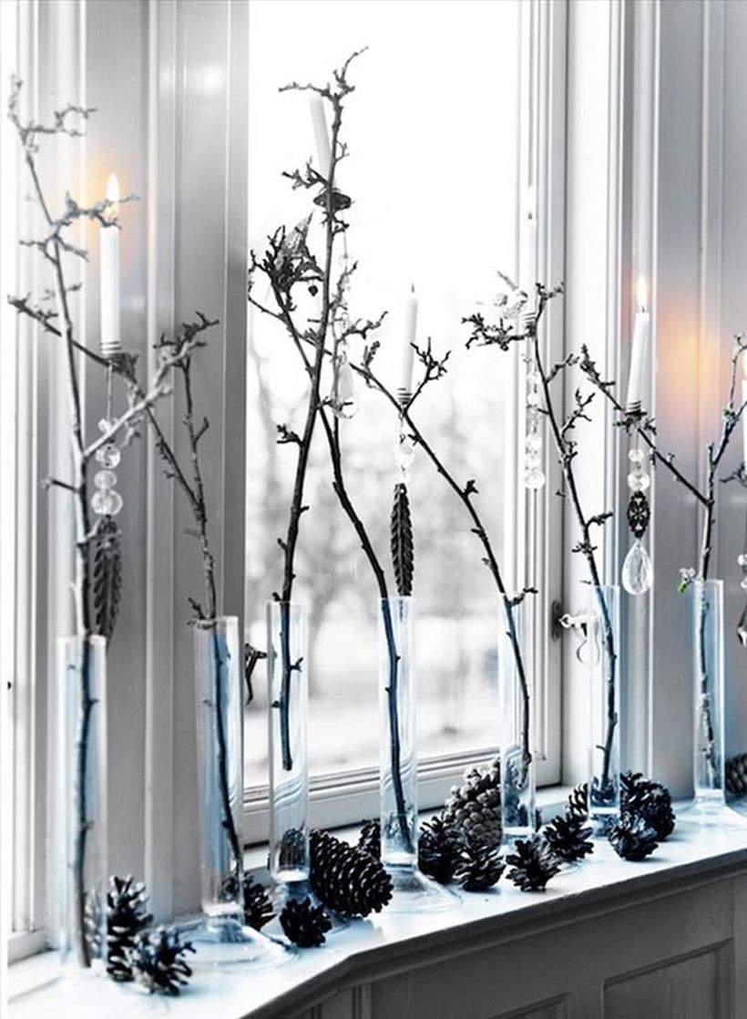 Twig tree decoration with light