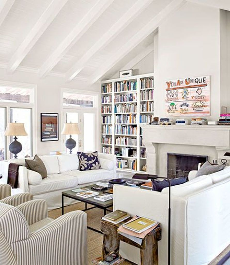 White ceiling combined with white walls for living room decoration