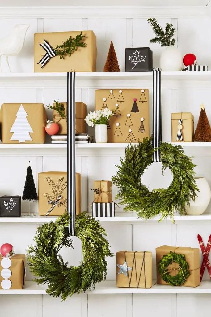 Holiday-bookshelf