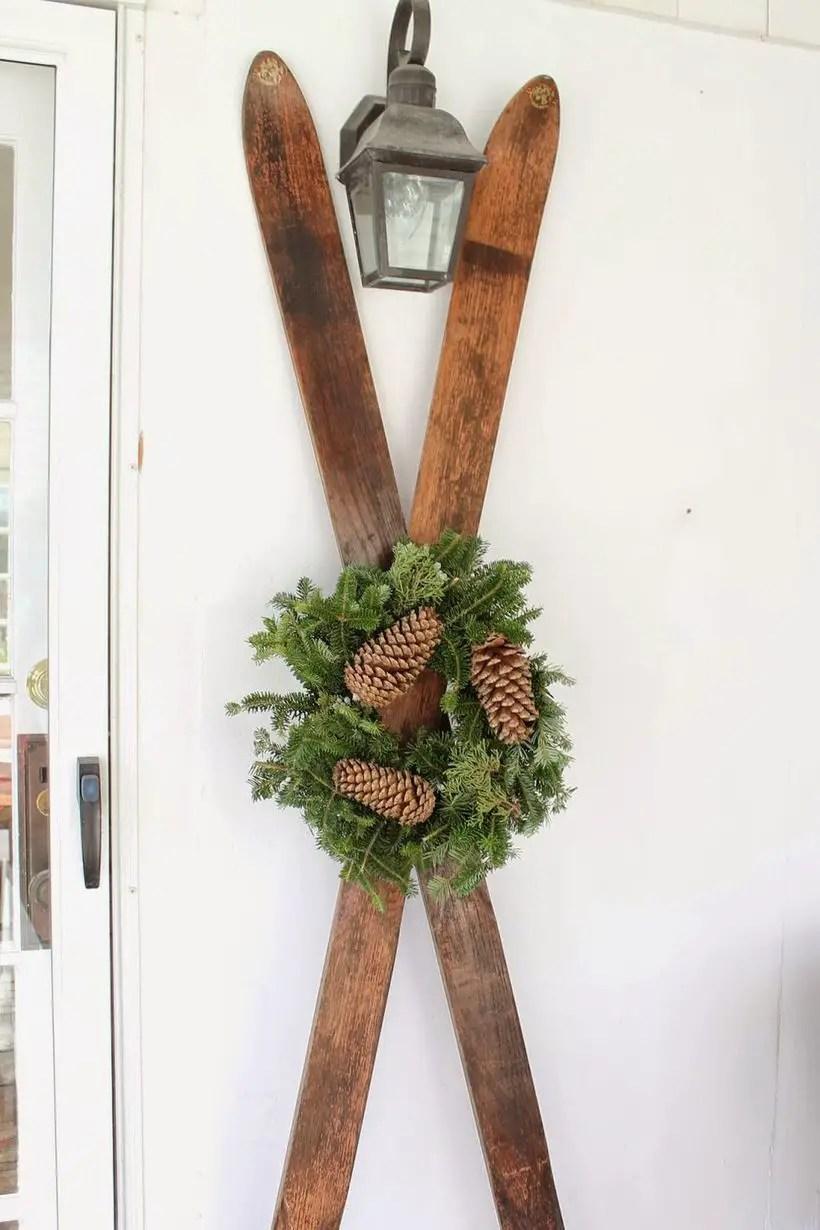 Winter-decorating-ideas-ski-decoration-1540998989