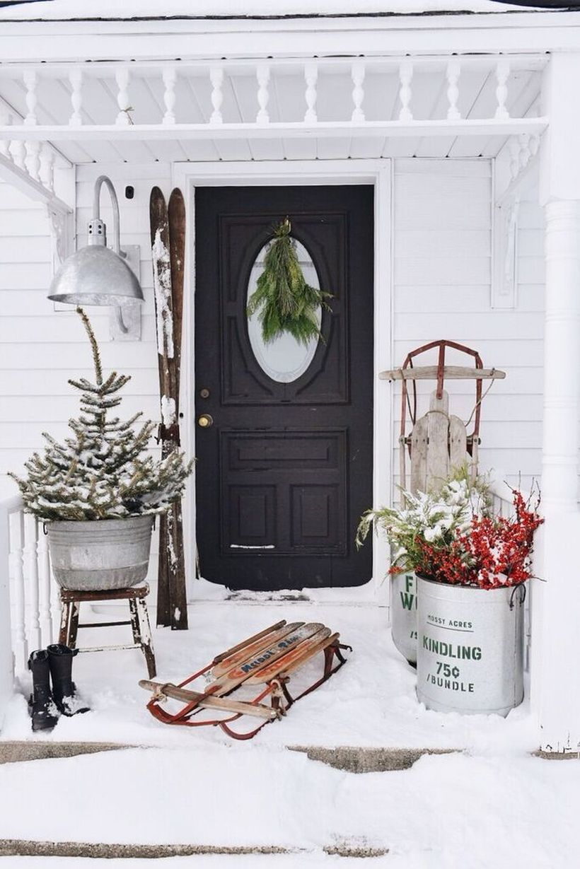 Winter-decorating-ideas-sleds-porch-1540998989