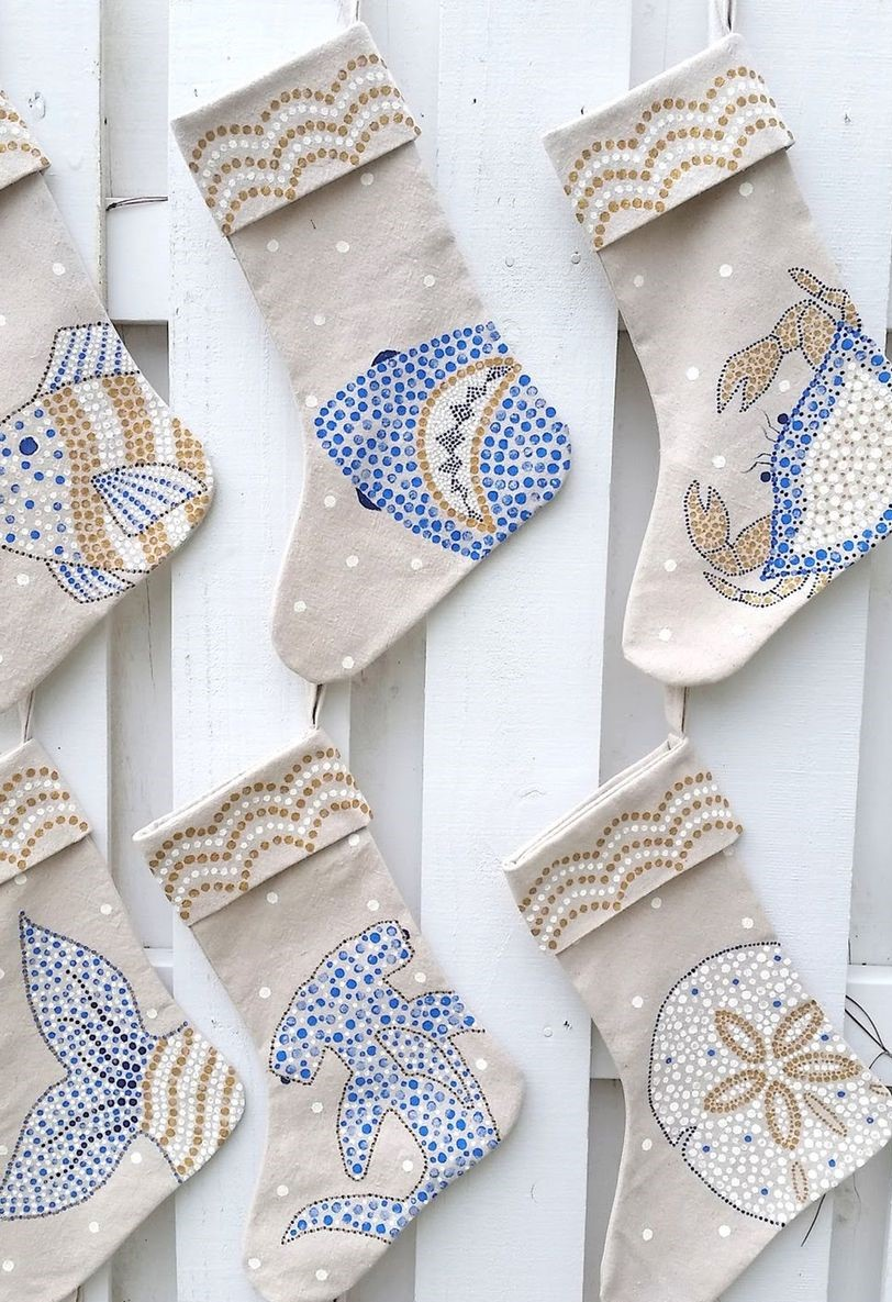 2sdgdf1504128568-nautical-stockings-1