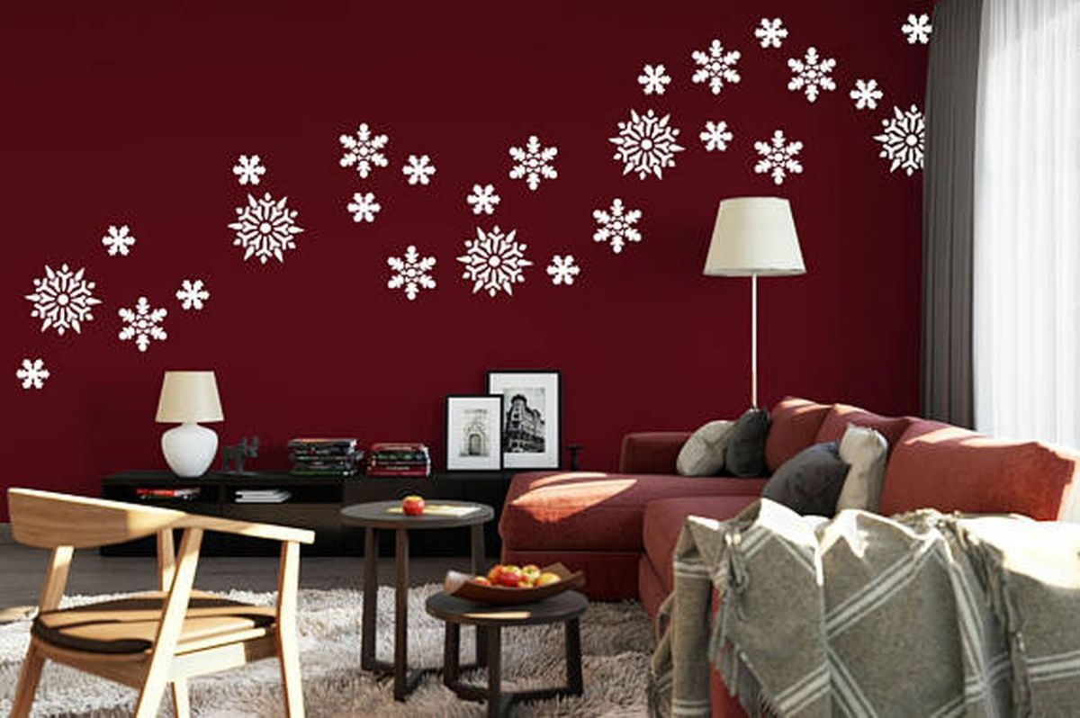 Easy-to-install-and-easy-to-carry-snowflake-wall-is-very-popular-for-winter-decoration.-you-can-get-whatever-special-shape-you-want.