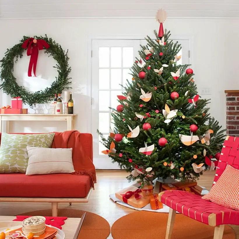 Stylish-christmas-tree-tabletop-christmas-trees-led-garland_resize050