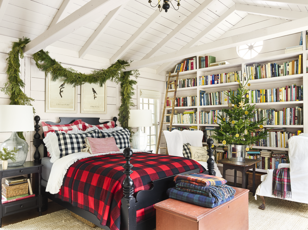 Christmas-in-connecticut-bedroom-1217