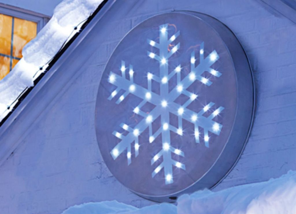 Outdoor_holiday_lights-snowflake
