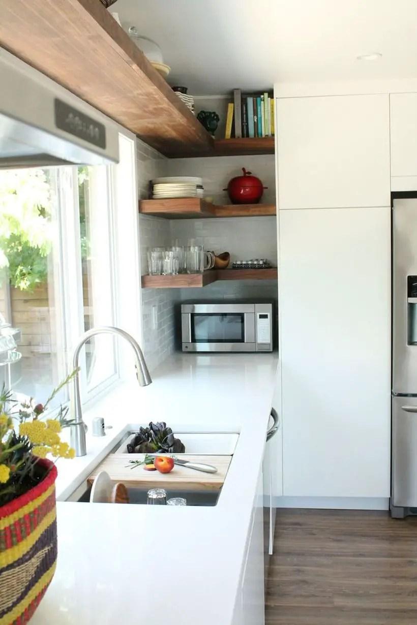 Spruce-kitchen-shelves-3-5a872ad8fa6bcc00373da61a