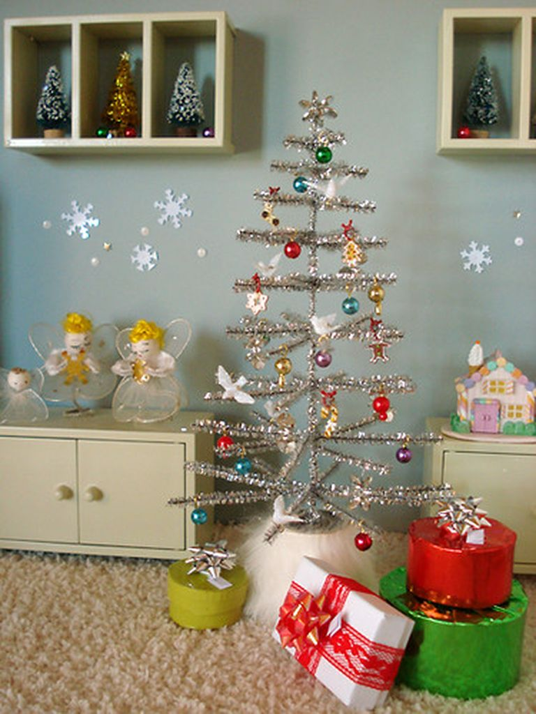 20 Brilliant Inspirations that Will Make Your Mini Christmas Trees Amazing