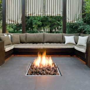 Outdoor-fire-pit-seating-ideas-1
