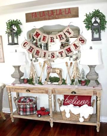 1-27-rustic-farmhouse-christmas-decor-ideas-homebnc-1