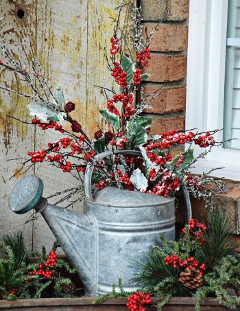 Holly-christmas-porch-decor