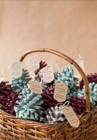 02d-diy-pine-cone-crafts-ideas-homebnc-v3