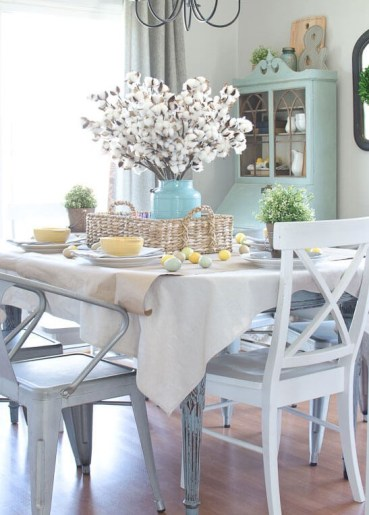 09-rustic-farmhouse-spring-decor-ideas-homebnc