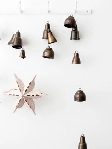 1 diy-christmas-jingle-bell-garland.jpgfit18852c2500ssl1-735x975