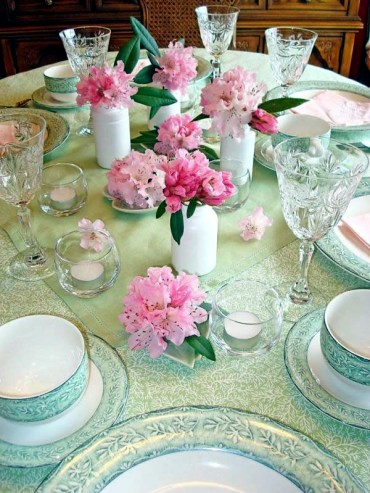 1 beautiful-spring-table-decoration-ideas-with-flowers-3-674
