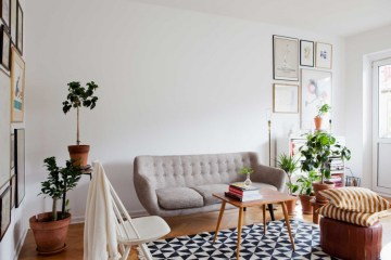 10-happy-living-room-ideas-with-plants8