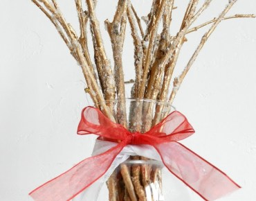 10.-frosted-twig-bouquet
