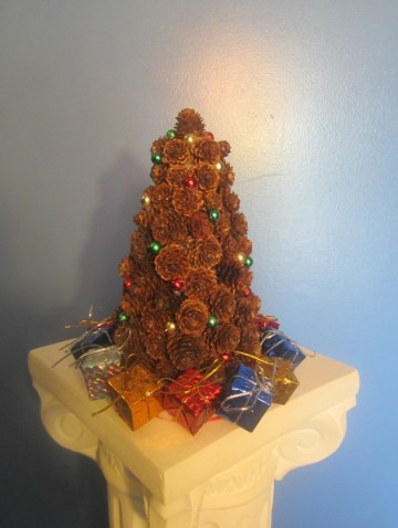 14-easy-and-creative-pine-cone-crafts-you-can-diy-13-630x840-2