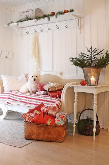 16-some-ornaments-a-small-fir-tree-and-gift-boxes-in-a-basket