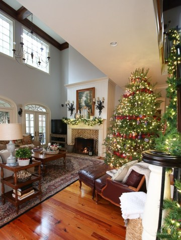 2 christmas-family-room-2018-www.oursouthernhomesc.com-6423