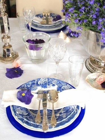 2 stylish-spring-table-settings-63