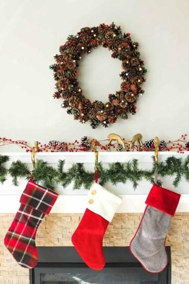 25-diy-pine-cone-crafts-ideas-homebnc