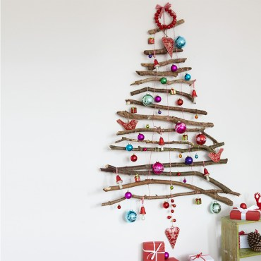 7.-wall-christmas-tree