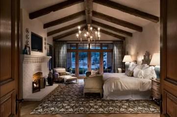 Bedroom-fireplace-ideas-07-1-kindesign