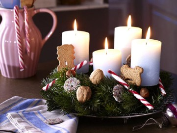 Christmas-candle-decoration-ideas23