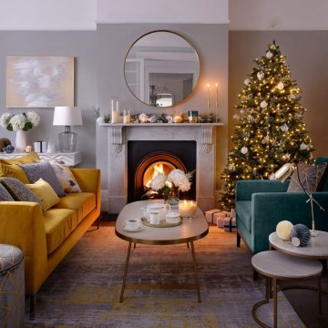 Christmas-living-room-decorating-ideas-920x920 (1)