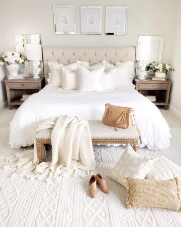 Coziest-winter-bedroom-decor-idea-1554435404128703409