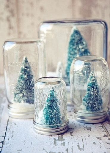 Creative-diy-snow-globe-mason-jars-ideas-12
