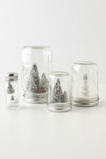 Creative-diy-snow-globe-mason-jars-ideas-15
