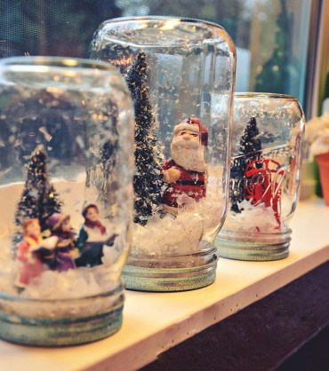 Creative-diy-snow-globe-mason-jars-ideas-4_edited