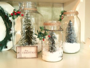 Creative-diy-snow-globe-mason-jars-ideas-9