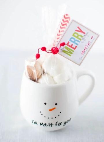 Diy-painted-mug-gift-idea