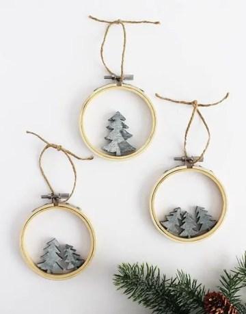 Diy-scandi-hoop-tree-christmas-ornaments-via-thediydreamer
