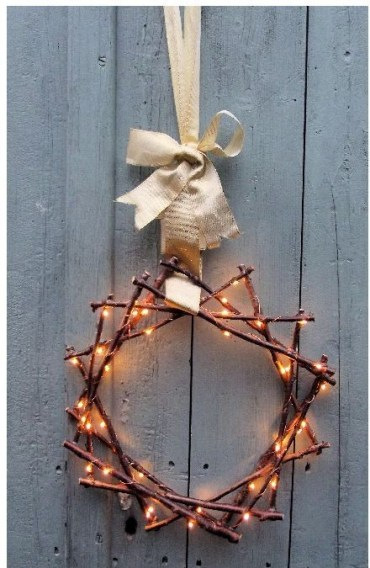 Fairy-light-twig-star-wreath